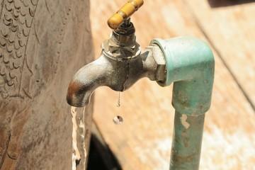 Copasa interrompe abastecimento de água, neste domingo, na RMBH