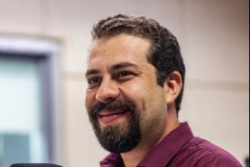 Pré-candidato à presidência da República, Guilherme Boulos é o convidado do Voz Ativa desta segunda-feira