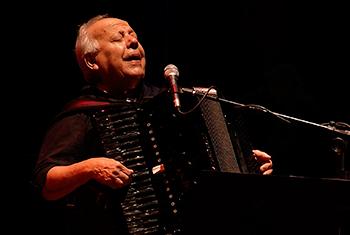 Série de shows no Noturno celebra 80 anos de Célio Balona